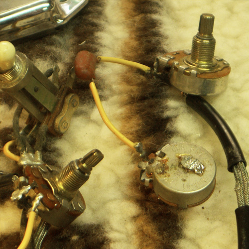 the broken wire is reconnected to the potmeter