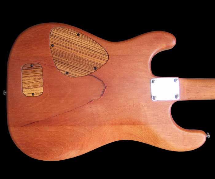 #41 stratocaster met emg en kahler body achterkant