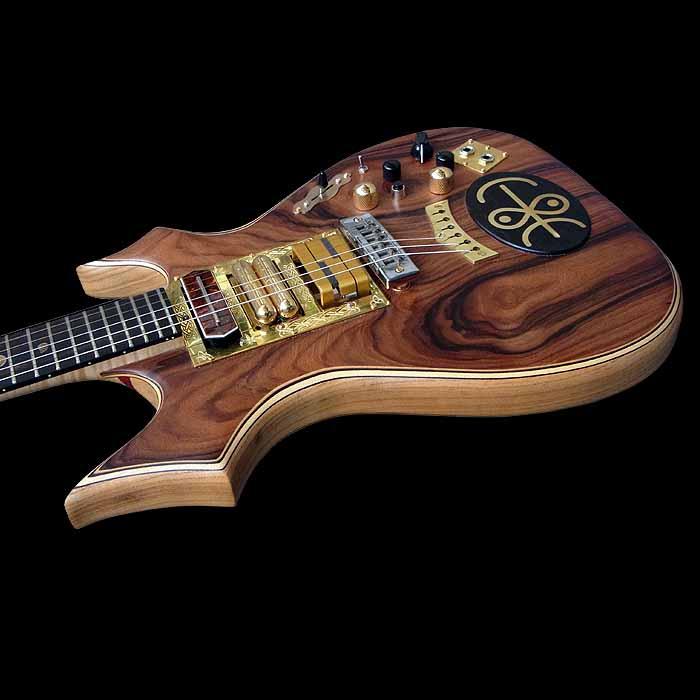 #64 psiliste elektrische gitaar body schuin