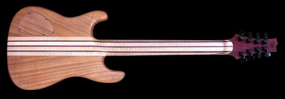 #74 baritone gitaar 8-snarig achterkant