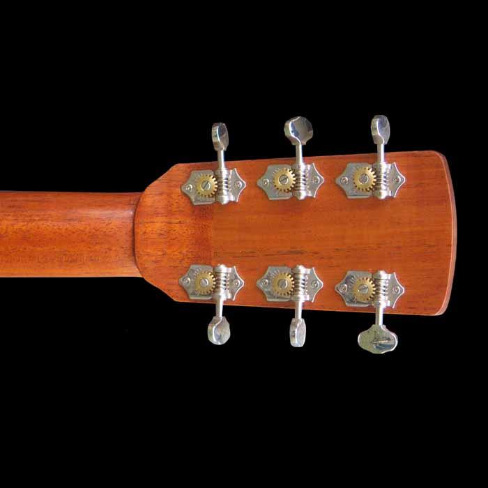 D-style akoestische gitaar kop achterkant