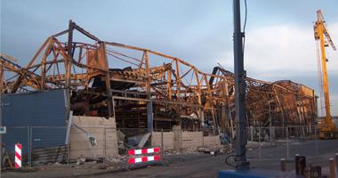 het verwoeste gebouw in de Waarderpolder